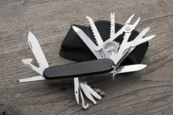 Best EDC Multitool For 2020 – Reviews And Comparison