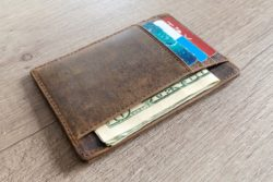 Best Wallet For Every Day Carry – Reviews & Advice