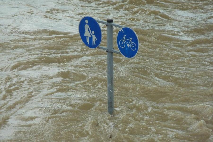 flood victims emergency