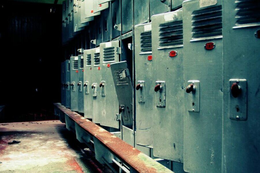 locker safes police guns compartments
