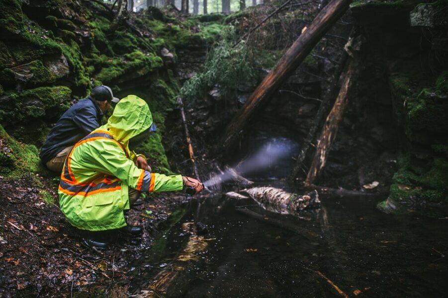 survival flashlight rescue