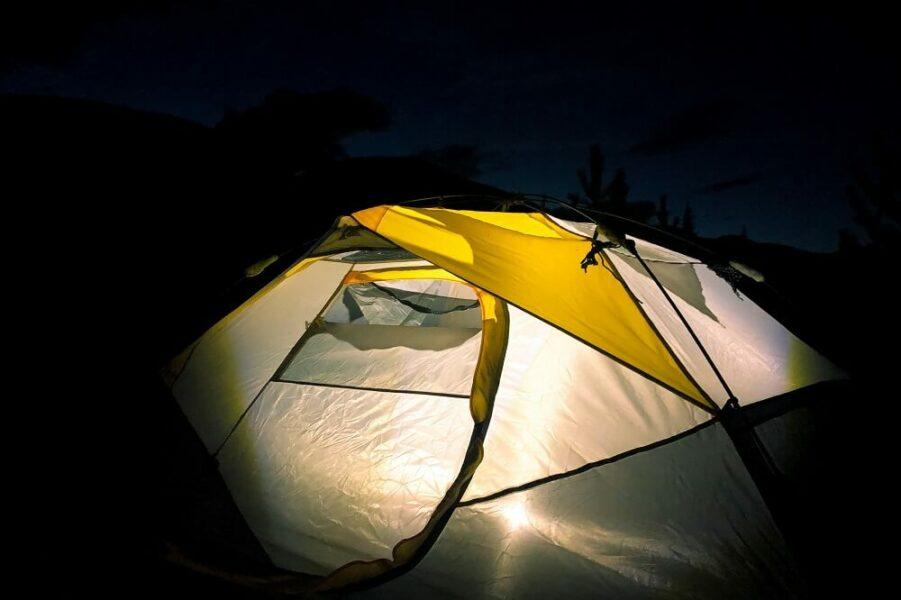 lignt tent